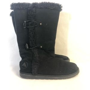 Airwalk boots black faux fur lining suede size 3